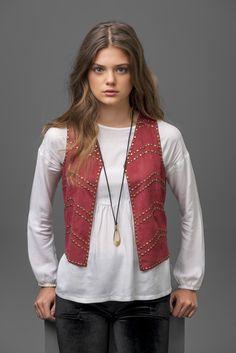 Accessories for IT girls!!! #gocco #goccojunior #fashion #moda #accessories…