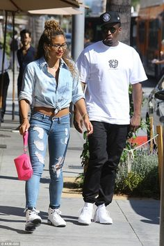 Back on? Diddy and on-again, off-again girlfriend Cassie were seen having lunch together in Beverly Hills on Wednesday