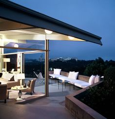 A contemporary example of Hollywood Regency style by Quincy Jones architect.