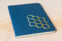 Small notebook - Hexagon hand embroidered moleskine (plain) and mini bookmark Hand Embroidery Projects, Paper Embroidery, Moleskine, Diy Embroidered Notebook, Geek Crafts, Diy Crafts, Geek Room, Small Notebook, Card Patterns