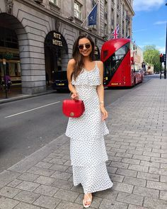 Fashion outfits ideas chic and cute outfits what to wear casual fashion ideas White Maxi Dresses, Cute Dresses, Beautiful Dresses, Casual Dresses, Fashion Dresses, Summer Dresses, Polka Dot Maxi Dresses, Trendy Summer Outfits, Dressy Outfits
