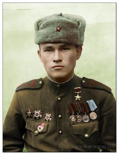 Hero of the Soviet Union commander of the Department 667 th infantry regiment C. S. Sadriev, pin by Paolo Marzioli