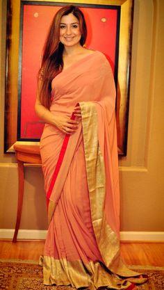 Simple and sweet Indian Bridal Lehenga, Indian Sarees, Indian Anarkali, Indian Look, Indian Ethnic Wear, Pakistani Outfits, Indian Outfits, Indian Clothes, Sari Design