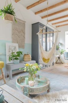 We rounded up some of our favorite Scandinavian interior design ideas along with handy décor tips. Pastel Decor, Deco Pastel, Mint Decor, White Decor, Mint Living Rooms, Home And Living, Pastel Living Room, Luxury Homes Interior, Home Interior