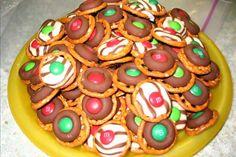 Easy, Festive Holiday Pretzle Chocolate Treat