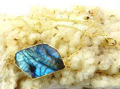 Nice design Labradorite electroplated gemstone pendant brass chain cute necklace #MagicalCollection #Pendant