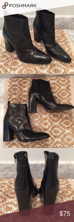 Via Spiga Block Heel Leather Italian Bootie These are SO cool. Patent leather has some very minor scratches (see pics) but do not detract from incredible style. Pull tab and zipper make for easy on and off. Excellent pre worn condition. Real leather made in Italy. Via Spiga Shoes Ankle Boots & Booties