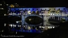 Ponte Vecchio si accende a Natale... #Firenze #firenzelightfestival #pontevecchio #natale #christmas #florence #light #italy #ig_firenze #igersfirenze #visitflorence #visittuscany #igerstoscana #ig_toscana #ig_italia #reflection #bridge #tbt #nofilter #cute #igers #instagold #volgofirenze #igworldclub_country #instatravel #beautiful #top_italia_photo #riflessi #bestitaliapics #yallersitalia ...www.buonviaggioitalia.it