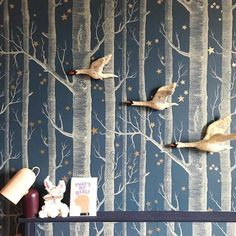 Trendy silver tree wallpaper cole and son 52 ideas Birch Tree Wallpaper Cole And Son, Silver Tree Wallpaper, Tree Wallpaper Design, Cole And Son Wallpaper, Star Wallpaper, Wood Wallpaper, Designer Wallpaper, Pattern Wallpaper, Tree Wallpaper Bedroom
