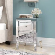 The beautiful and glamorous 2 drawer bedside table has a mirrored effect with a bevelled edge. This 2 drawer bedsid table will be a stylish addition to any bedroom. It has two drawers with elegant mock crystal handles. Mirror Bedside Table, Mirrored Side Tables, Side Tables Bedroom, Bedside Cabinet, Cube Side Table, Side Table With Storage, Table Storage, Mirrored Furniture, Bedroom Furniture