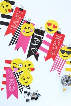 Emoji Valentine's decor that is simple and easy to create. Use Paging Supermom's printable templates to make a cute Emoji Valentine Banner. Valentine Banner, Valentine Decorations, Valentine Crafts, Be My Valentine, Crafts For Kids, Diy Crafts, Cute Emoji, Scrapbook Paper Crafts, Diy Birthday