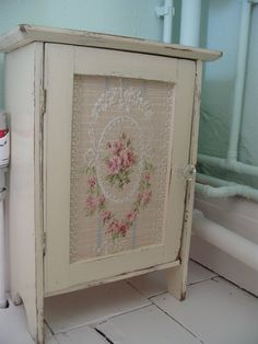 Shabby chic decorated recycled cans green with by - http://myshabbychicdecor.com/shabby-chic-decorated-recycled-cans-green-with-by-2/