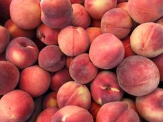Peaches galore at the Reston Farmers Market. Click for our list of farmer's markets in Northern Virginia.