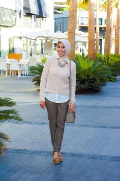 Wear a hijab a few shades lighter than your skin tone to look sun-kissed. | 23 Seriously Beautiful Hijab Styles To Try