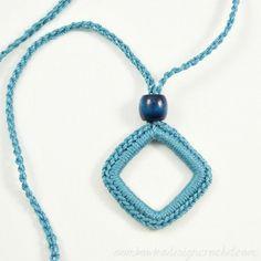 Simply Easy Crochet Necklace Free Pattern @OombawkaDesign