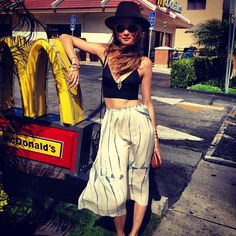 behati Quick stop @Alexandra M What Wear #shakeburger before store event with @Kaellyn Marrs de Lima @Victoria Brown's Secret #whatissexy