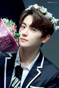 Read karna ku bosan from the story GG Namja ver 2 by with 303 reads. Hyun Jae, Lee Hyun, Guy, Fandom, Rainbow Aesthetic, Flower Boys, Social Platform, Kpop Boy, Handsome Boys