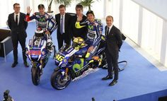 MotoGP   Presentata a Barcellona la nuova livrea della Yamaha M1
