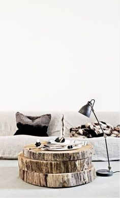 How to Build a Bar Tray Vignette Home design tree slice coffee table! Home Decor Designer Nathan Lee Colkitt Diy Furniture, Furniture Design, Furniture Plans, Luxury Furniture, Diy Casa, Living Spaces, Living Room, Deco Design, Home And Deco