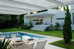 Beautiful White House by Bento e Azevedo Arquitetos Associados