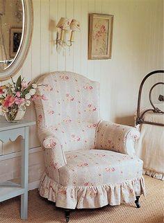 Poltrona floreada rosa