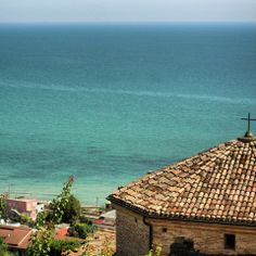Visit Grottammare - Pan from old town centre