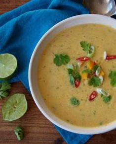 Pumpkin, coconut Slow Cooker Recipes, Soup Recipes, Vegan Recipes, Coconut Lentil Soup, Creamy Pumpkin Soup, Chowders, Lentils, Cheeseburger Chowder, Stew