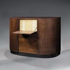 Pierre Chareau Art Deco Furniture, Accent Furniture, Furniture Making, Furniture Design, Pierre Chareau, Design History, French Art, Art Object, Architectural Elements