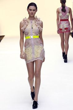 See the complete Christopher Kane Spring 2007 Ready-to-Wear collection.Model: Behati Prinsloo
