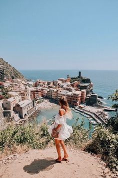 Cinque Terre Travelguide - leonie hanne – haute couture When I first fell in love with Cinque Terre… I can't even tell you how long I've been dreaming of visiting Cinque Terre. Even though Cinque Terre was not really on the route I had… Wanderlust Travel, Places To Travel, Travel Destinations, Places To Go, Holiday Destinations, Italy Vacation, Italy Travel, Italy Honeymoon, Croatia Travel