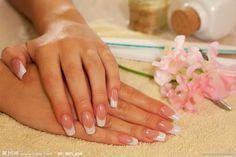 Pink and White Acrylic Nails Coffin Shape | 美甲