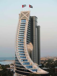 Amazing Architecture of Jumeirah Beach Hotel