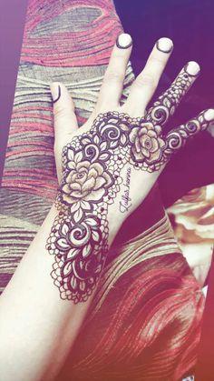 Rose Mehndi Designs, Basic Mehndi Designs, Henna Art Designs, Wedding Mehndi Designs, Beautiful Henna Designs, Mehndi Designs For Hands, Mehndi Desighn, Mehndi Simple, Mehndi Images