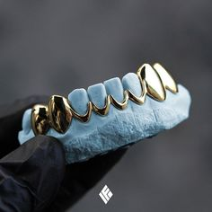 Solid 14K Yellow Gold Bottom 8 Grill With Topless Mids. Custom made for @_richlai #Grillz #CustomJewelry #IFANDCO
