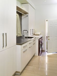 erin mills project - laundry room contemporary laundry room