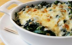 This recipe is so simple to prepare and is bursting with rich and hearty flavor that satisfies your cheesy cravings. It's easy to make you can prepare it anytime you want and enjoy its cheesy goodness. Chicken Florentine Casserole, Spinach Noodles, Cancer Fighting Foods, Cheesy Chicken, Baking Recipes, Quiche, Macaroni And Cheese, Cravings, Veggies