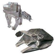 Rock, Paper, Star Wars: Martin Hunt's Incredible Starwarigami – Origami World Origami Car, Origami Yoda, Origami Mouse, Origami Fish, Origami Dragon, Origami Paper Art, Origami Ideas, Oragami, Star Wars Origami