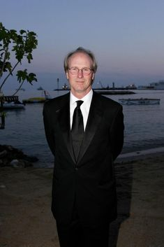 """William Hurt at the premiere of """"A History of Violence"""". Hurt Pictures, William Hurt, Dance Project, Actor Picture, Movie Photo, Celebs, Celebrities, Costume Design, Celebrity Photos"""