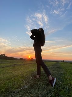Celestial, Sunset, Outdoor, Retro Photography, Girl Photography, Fotografia, Outdoors, Sunsets, Outdoor Games