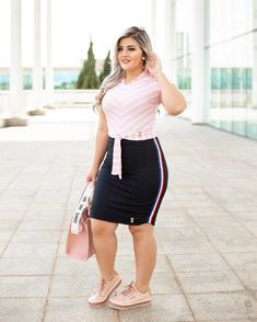 Cute Dresses & Tops - Clothing for Women Curvy Girl Outfits, Curvy Women Fashion, Womens Fashion, Plus Size Summer Outfit, Plus Size Outfits, Tartan Skirt Outfit, Mom Jeans Style, Skirt And Sneakers, Pencil Skirt Outfits