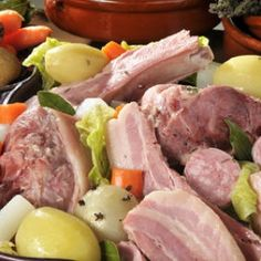 La potée auvergnate est facile mais surtout délicieuse. Économique, riche en légumes (chou, navets, carottes, pomme de terre), voici le vraie recette de jardiner malin