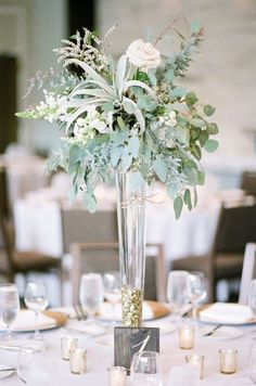 30 Sophisticated Tall Wedding Centerpieces