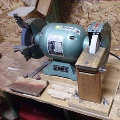 kmcraftworks:  My #grinder and grinding #jigs installed in the new #workshop. #woodworking