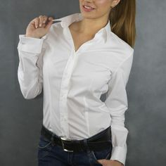 Rosa Bianca, white classic fitted shirt with French cuffs. White Shirt Outfits, White Shirts, Sexy Outfits, Fashion Outfits, Sexy Blouse, Business Outfits, White Tops, Shirt Blouses, Blouses For Women