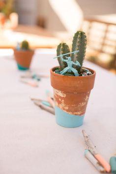 Petits cactus pour égayer une table d'anniversaire sur le thème cowboys & indiens #indian #party #birthday #kids