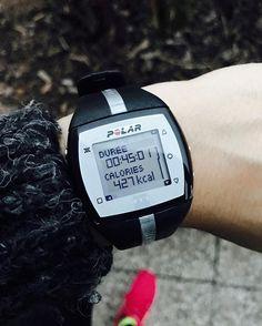 Hello ma #fitfam 🍂 L'automne est bel et bien tombé sur notre pays. Découragement, manque de temps, baisse de régime, perte de motivation? Envie d'aller courir mais il fait trop froid? Essayez d'enfiler votre plus belle tenue et de monter quand même sur votre vélo voir si ça marche? Et bim 💥 45min de vélo à la maison pour 427 calories !  Finalement je finis sur une belle note et très fière de m'être mis un coup de pied au cul.  Ne restez pas sur vos échecs mes #stronggirls !  Ne lâchez…