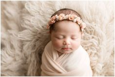 Beautiful handcrafted newborn, child and maternity floral crowns and halos. Designed for professional photography and special occasions. Baby Poses, Newborn Poses, Newborn Shoot, Newborn Outfits, Newborns, Sibling Poses, Girl Outfits, Newborn Photography Poses, Baby Girl Photography