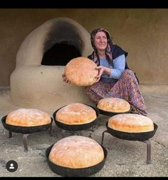 SA Ashik Vai: Here is a very beautiful scene showing that a woman is [& How To Make Bread, Griddle Pan, Congratulations, Muffin, Like4like, Turkey, Breakfast, Beautiful, Instagram