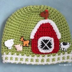 Crochet Farm Hat with Picket Fence Border