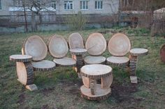 Wooden garden bench - All About Backyard Projects, Diy Wood Projects, Outdoor Projects, Garden Projects, Outdoor Decor, Wood Crafts, Into The Woods, Garden In The Woods, Log Furniture